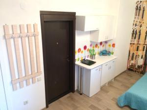 Кухня или мини-кухня в Гостевой дом на Агатовой