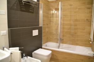 A bathroom at B&B Dell'Orso