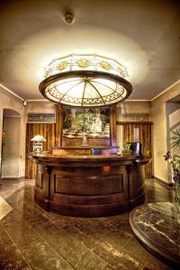 The lobby or reception area at Gaja