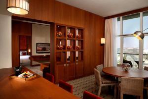 Zona de comedor en el hotel