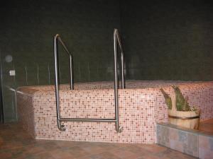 Vannas istaba naktsmītnē Visdari