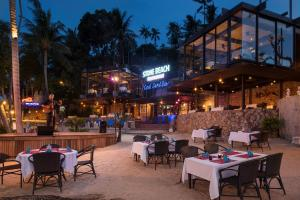 Ein Restaurant oder anderes Speiselokal in der Unterkunft Panviman Resort Koh Phangan - SHA Plus