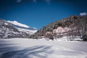 L'établissement Auberge du Val Joli en hiver