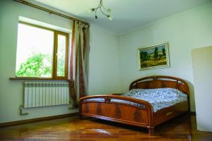 """A bed or beds in a room at """"European"""" backpackers hostel in Almaty"""