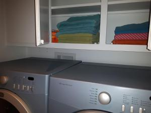 A kitchen or kitchenette at Three bedroom holiday apartment