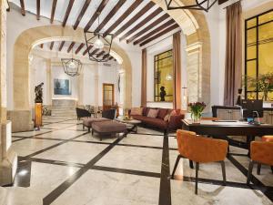 Lobbyn eller receptionsområdet på Hotel Gloria de Sant Jaume