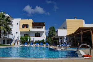 Πισίνα στο ή κοντά στο Angelika Apartotel