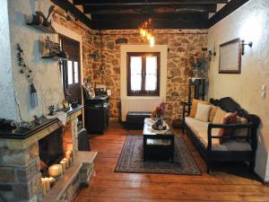 Χώρος καθιστικού στο Villa Archontiko