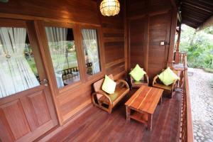 A seating area at Mina Tanjung Hotel