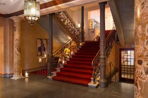 The lobby or reception area at Hotel Halm Konstanz