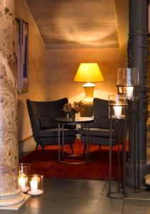 A seating area at Hotel Halm Konstanz