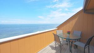A balcony or terrace at Sun and Sound Montauk