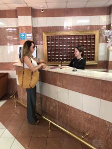 Лобби или стойка регистрации в Отель Луч
