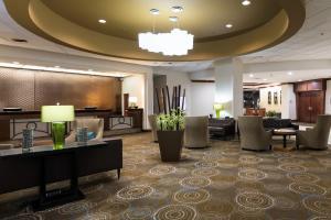 The lobby or reception area at DoubleTree by Hilton Spokane City Center