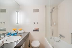 A bathroom at Best Western Plus Hotel Fellbach-Stuttgart