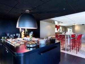 Restaurant ou autre lieu de restauration dans l'établissement Campanile Rouen Est - Franqueville Saint Pierre