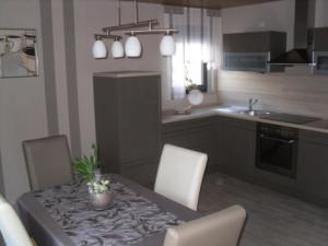 Küche/Küchenzeile in der Unterkunft Ferienwohnungen und Gästezimmer Herrmann