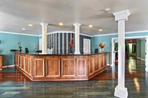 The lobby or reception area at Avania Inn of Santa Barbara