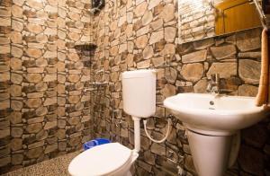 A bathroom at Casa DCM and Esmeralda