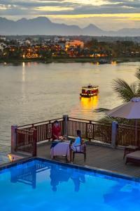Der Swimmingpool an oder in der Nähe von Little Riverside Hoi An . A Luxury Hotel & Spa