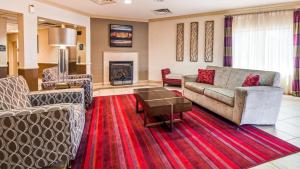 A seating area at Best Western Riverview Inn & Suites