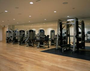 The fitness centre and/or fitness facilities at Hyatt Regency Kyoto