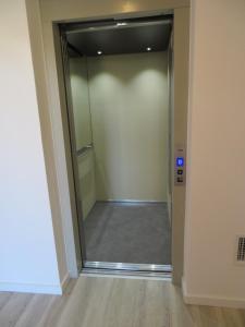A bathroom at Hotel Alcaide