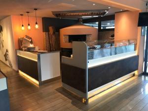 A kitchen or kitchenette at Hotel Ibis Budget Nice Palais Nikaia