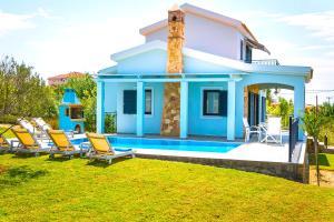 Piscina di Seirios Luxury Villa o nelle vicinanze