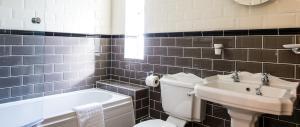 A bathroom at Maison Gorey Hotel