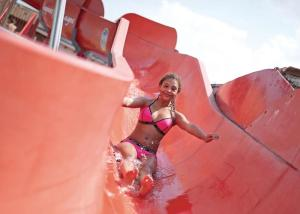 Children staying at Searles Leisure Resort