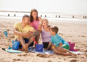 A family staying at Searles Leisure Resort