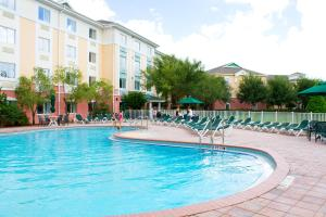 The swimming pool at or near Exploria Express by Exploria Resorts