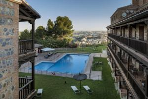 A view of the pool at Parador de Toledo or nearby