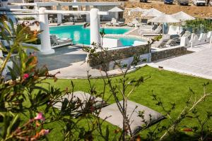 A view of the pool at Ilio Maris or nearby