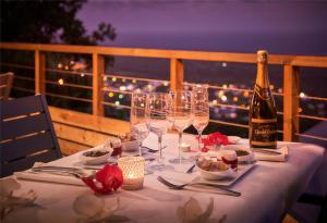 Restaurant ou autre lieu de restauration dans l'établissement Villa Romeo