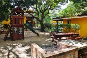 Zona de juegos infantil en Villas Macondo