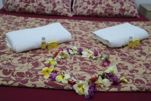 Cama ou camas em um quarto em Mahana Lodge Hostel & Backpacker
