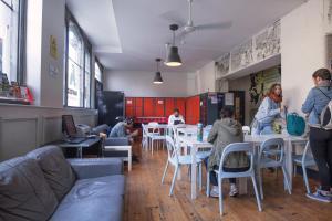 En restaurang eller annat matställe på Ashfield Hostel