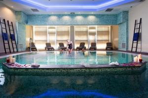Πισίνα στο ή κοντά στο Olympia Golden Beach Resort & Spa