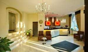 The lobby or reception area at Best Western Hotel Kaiserhof