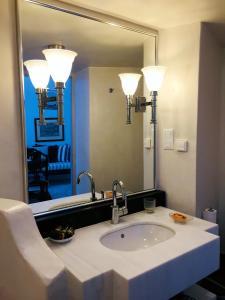 A bathroom at Aigialos Luxury Traditional Settlement
