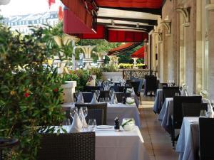 مطعم أو مكان آخر لتناول الطعام في لو ريتشيموند