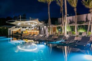 The swimming pool at or near The Yana Villas Hua Hin