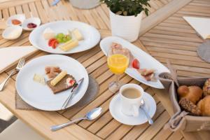 Завтрак для гостей Sonnegg Hotel