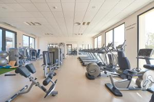 The fitness center and/or fitness facilities at Cascade Wellness Resort