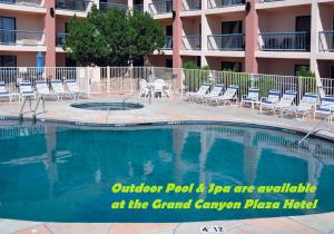 The swimming pool at or near Canyon Plaza Premier Studio and Apartments