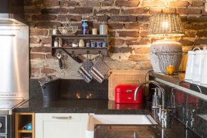 A kitchen or kitchenette at B&B ut Good