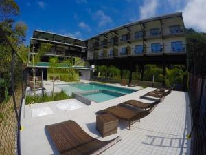 The swimming pool at or close to Luz da Lua Pousada