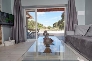 A seating area at Quinta da Villa
